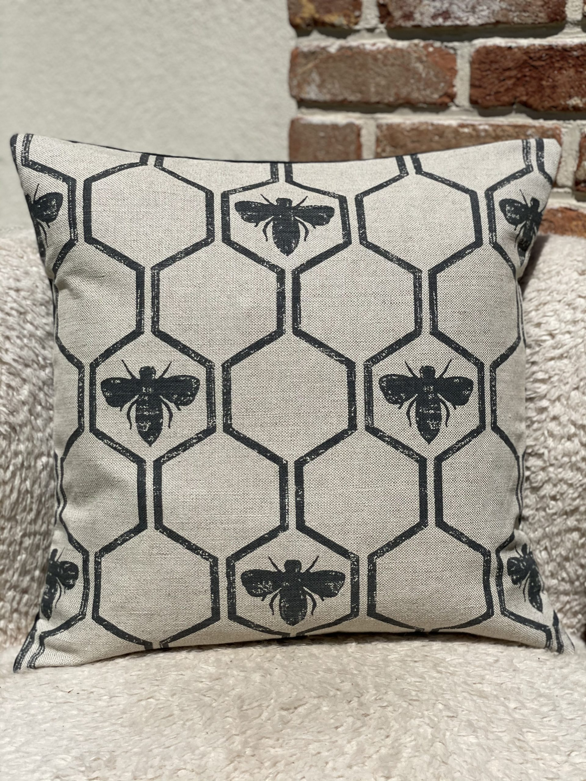 Honey-Comb-Natural-cotton-and-linen-with-Smokey-Blue-bee-and-honey-comb-design-with-smokey-blue-velvet-reverse-Luxury-Sustainable-cushion-Oath-Home-1--scaled